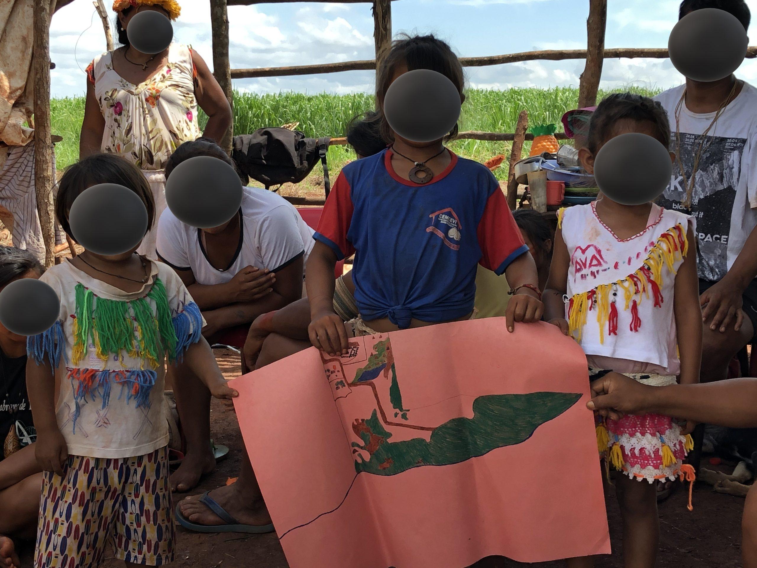 Libertar a terra e destruir o latifúndio: solidariedade aos povos Guarani e Kaiowá
